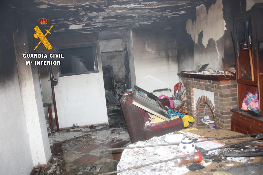 Se incendia una vivienda julio 2020 - Guadalupe (Cáceres) 4