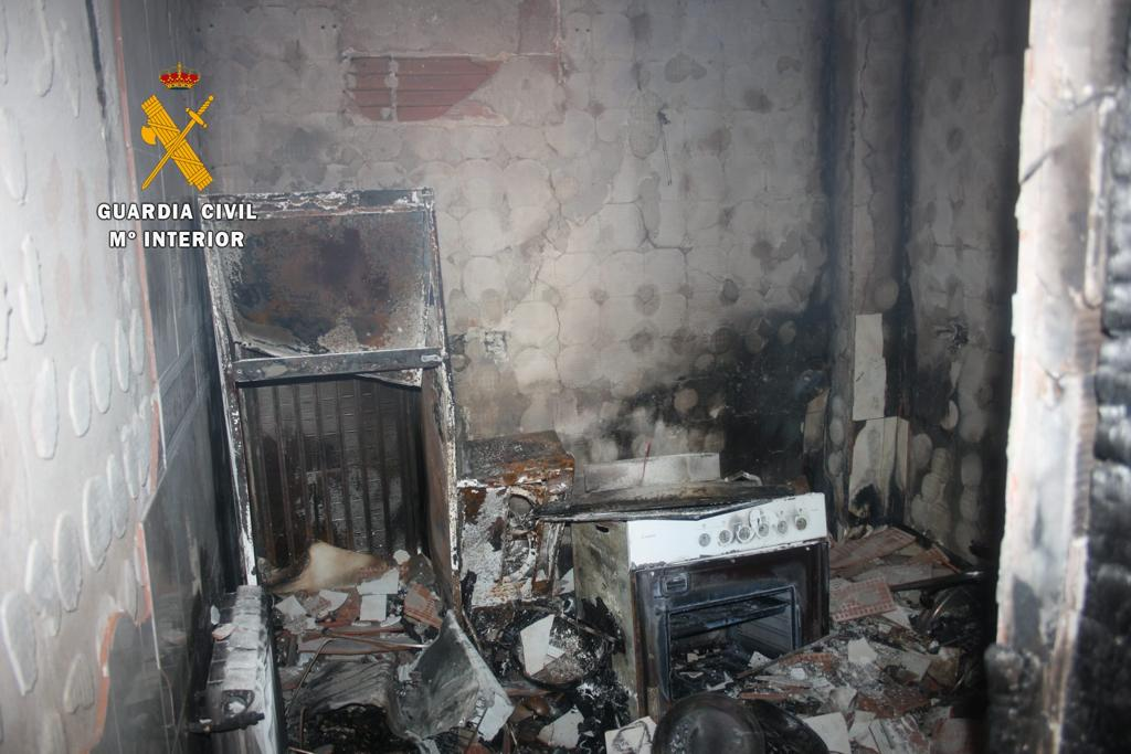 Se incendia una vivienda julio 2020 - Guadalupe (Cáceres) 6