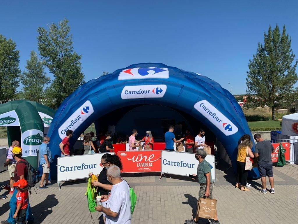 Carrefour repartirá en Extremadura 7.000 productos por el paso de La Vuelta (2021) 1